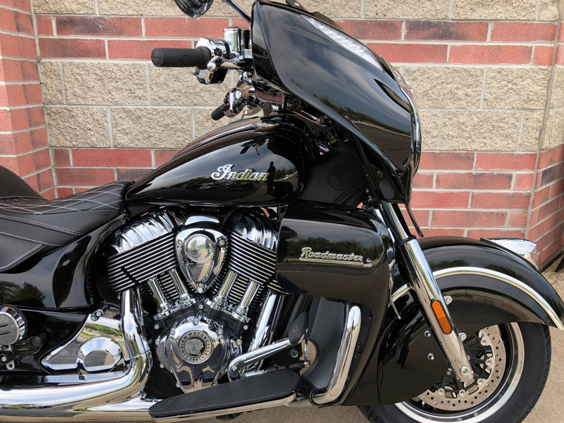 2019 Indian Roadmaster® ABS in Muskego, Wisconsin