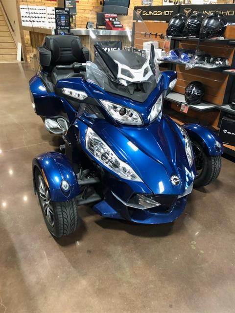 2011 Can-Am Spyder® RT Audio & Convenience SM5 in Sapulpa, Oklahoma