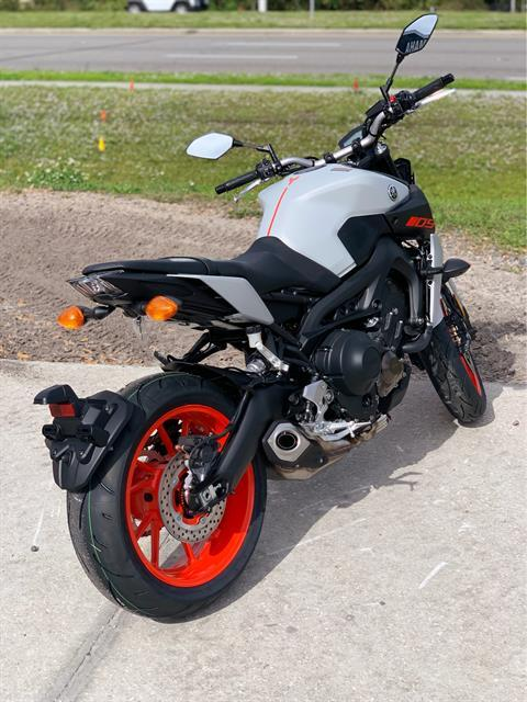 2020 Yamaha MT-09 in Orlando, Florida - Photo 5