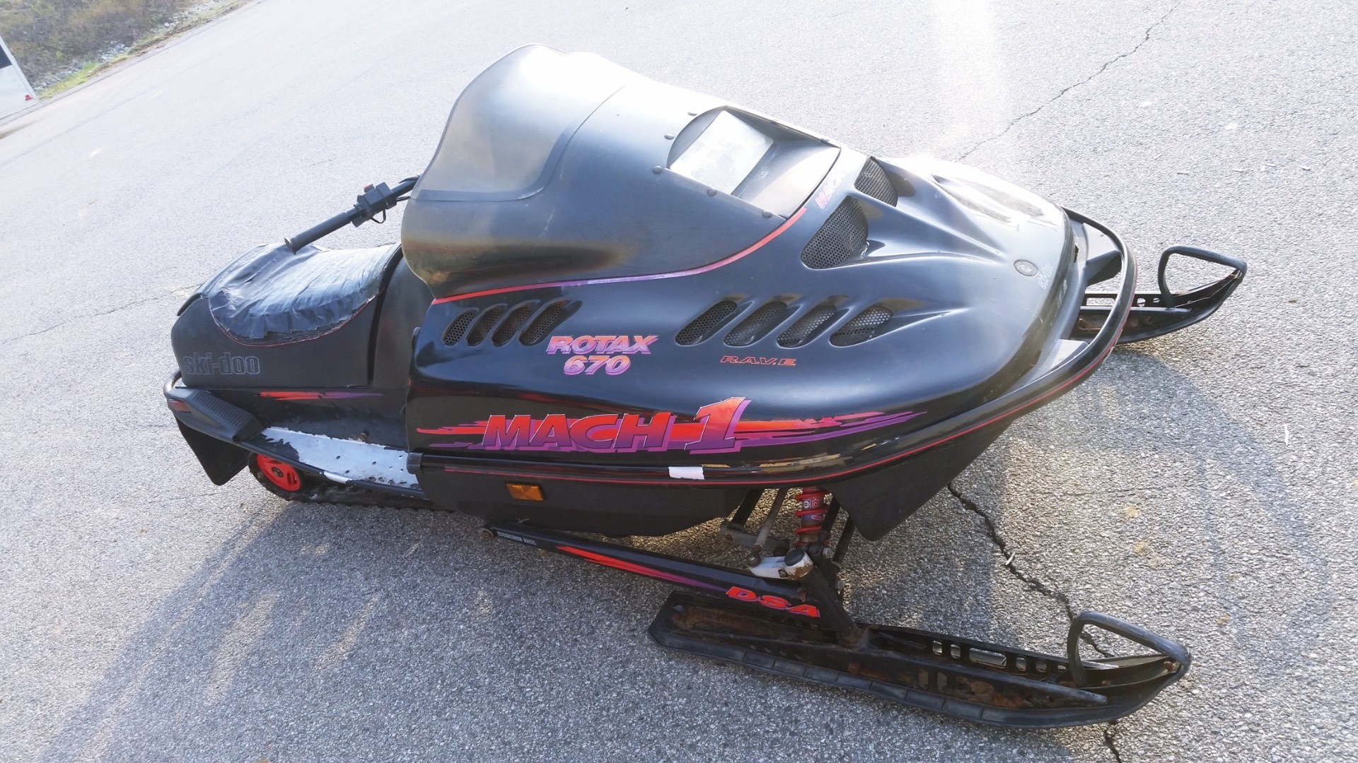 1995 Ski-Doo Mach 1 in Barre, Massachusetts
