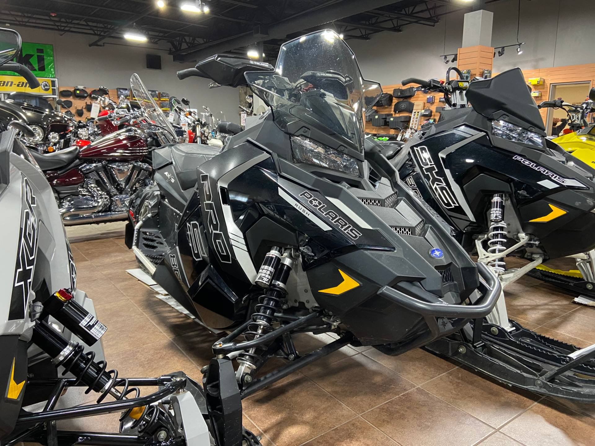 2016 Polaris 800 RUSH PRO-S LE in Barre, Massachusetts - Photo 3