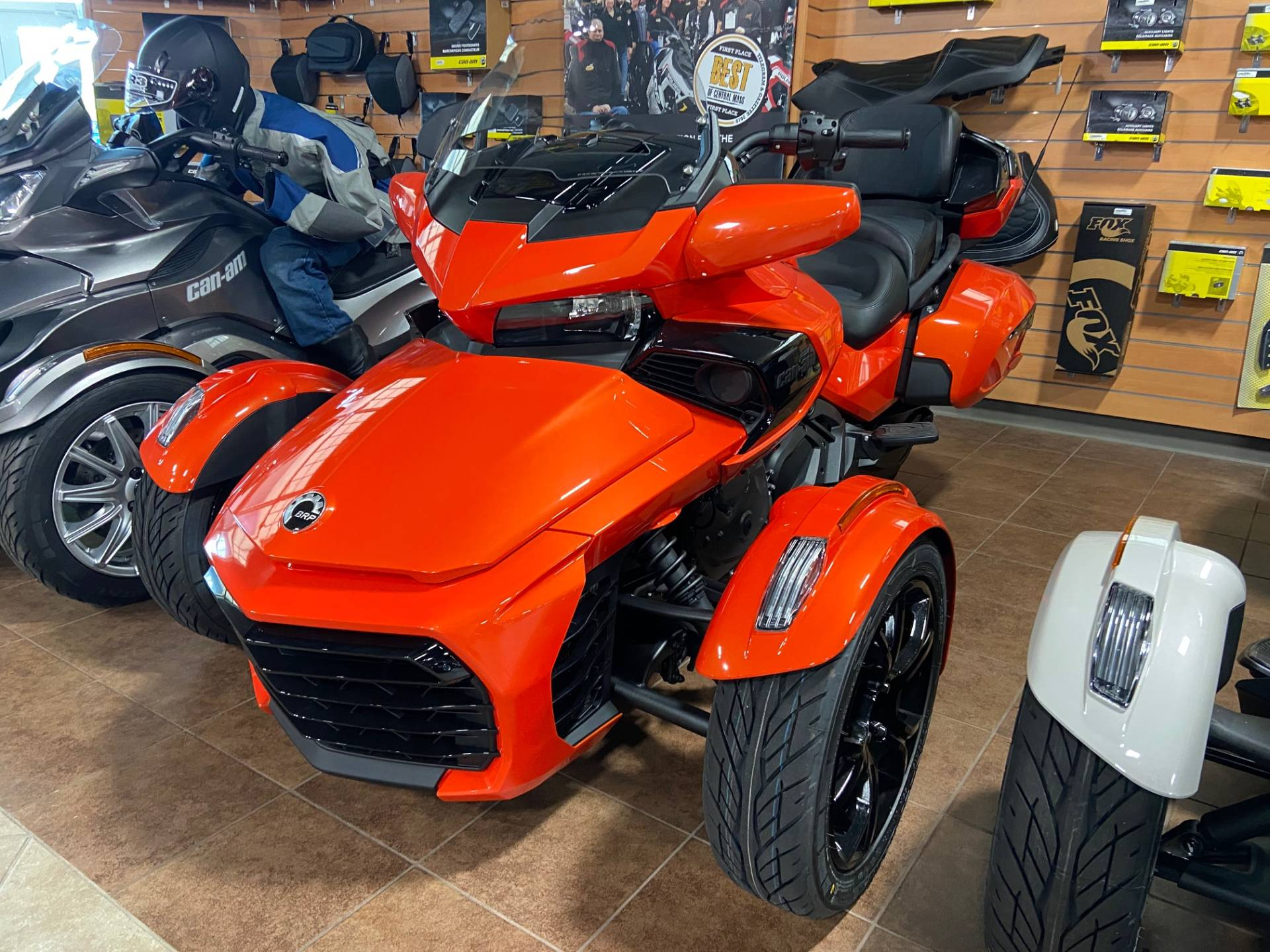2020 Can-Am Spyder F3 Limited in Barre, Massachusetts - Photo 3