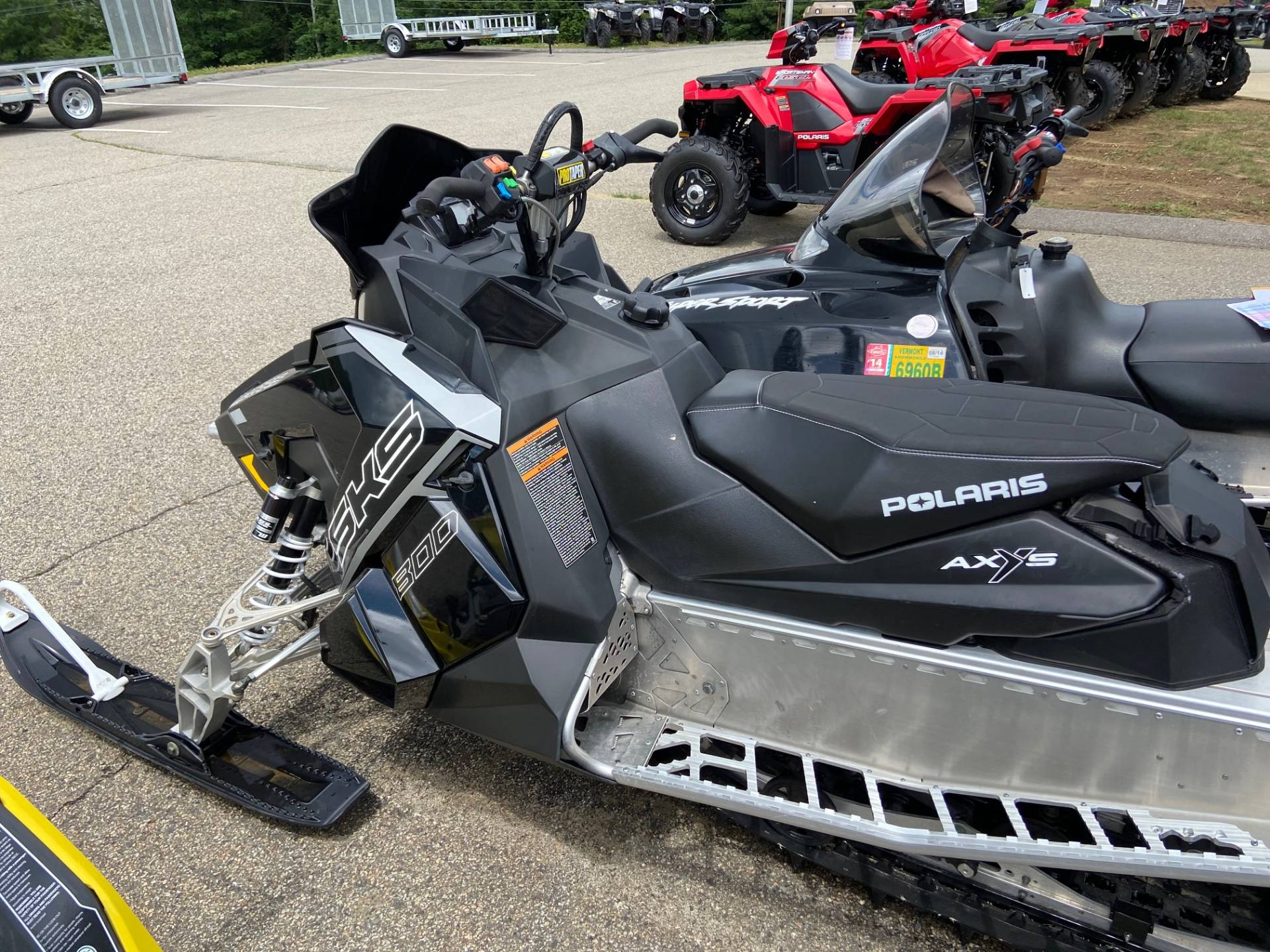 2018 Polaris 800 SKS 146 ES in Barre, Massachusetts - Photo 5