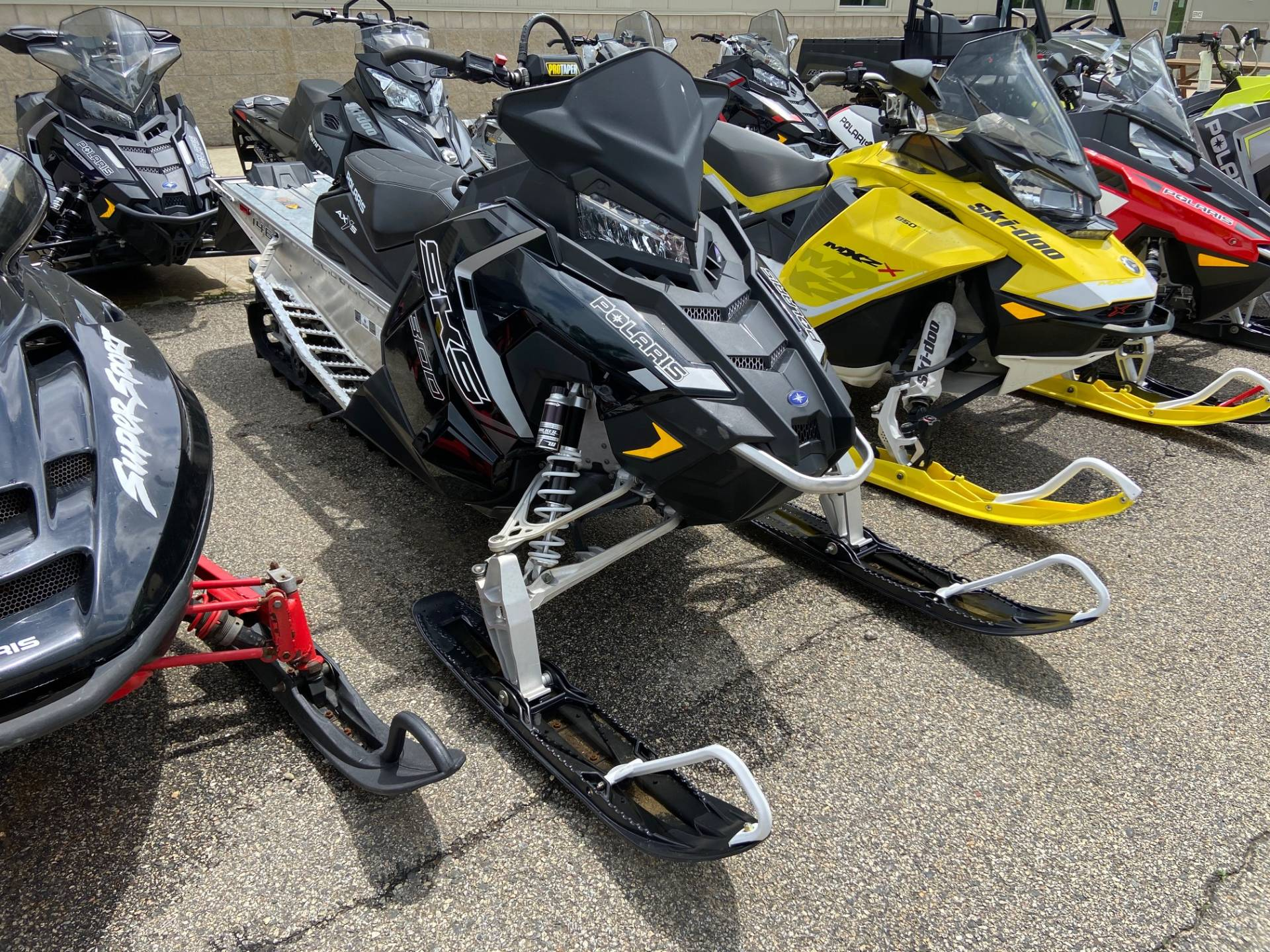 2018 Polaris 800 SKS 146 ES in Barre, Massachusetts - Photo 8