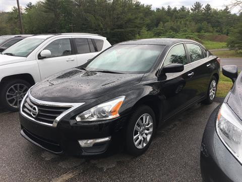 2013 Nissan Altima S in Barre, Massachusetts
