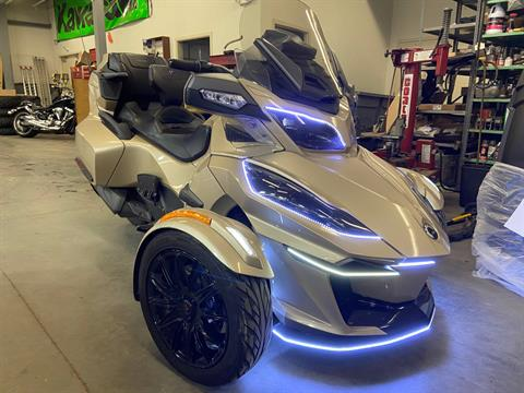 2018 Can-Am Spyder RT Limited in Barre, Massachusetts - Photo 5