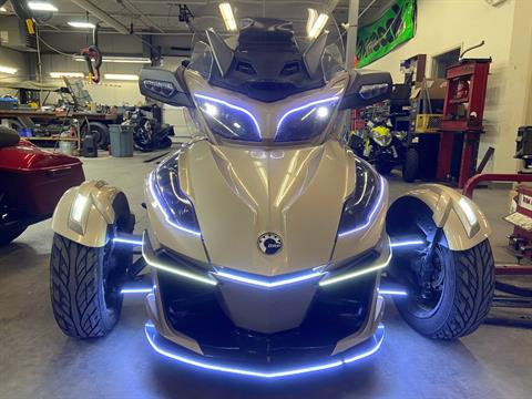 2018 Can-Am Spyder RT Limited in Barre, Massachusetts - Photo 6