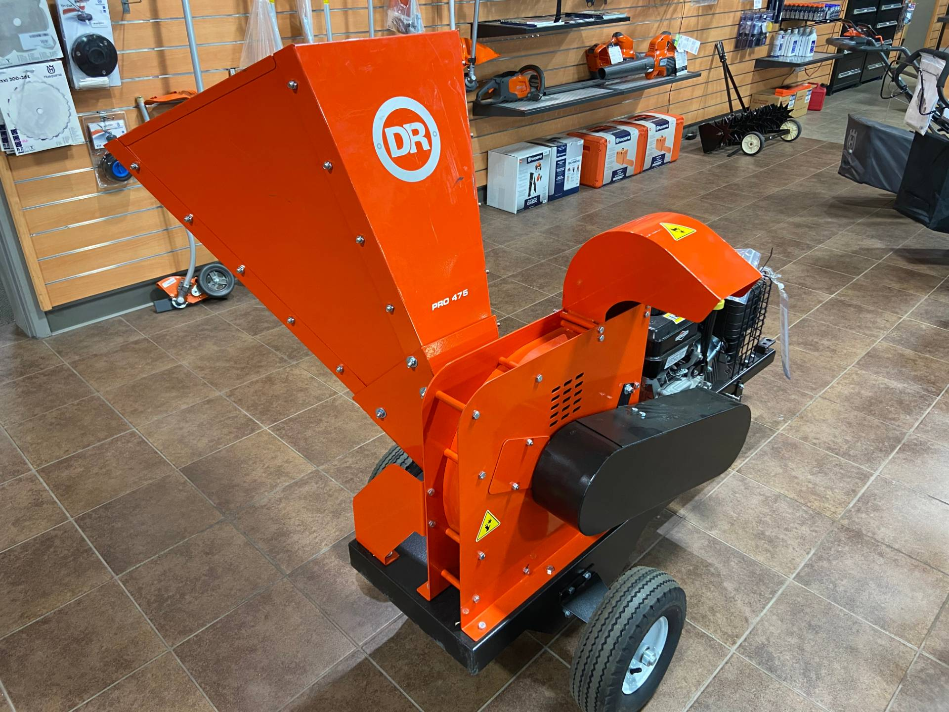 DR Power Equipment 11.5 HP Pro 475 Wood Chipper in Barre, Massachusetts - Photo 3