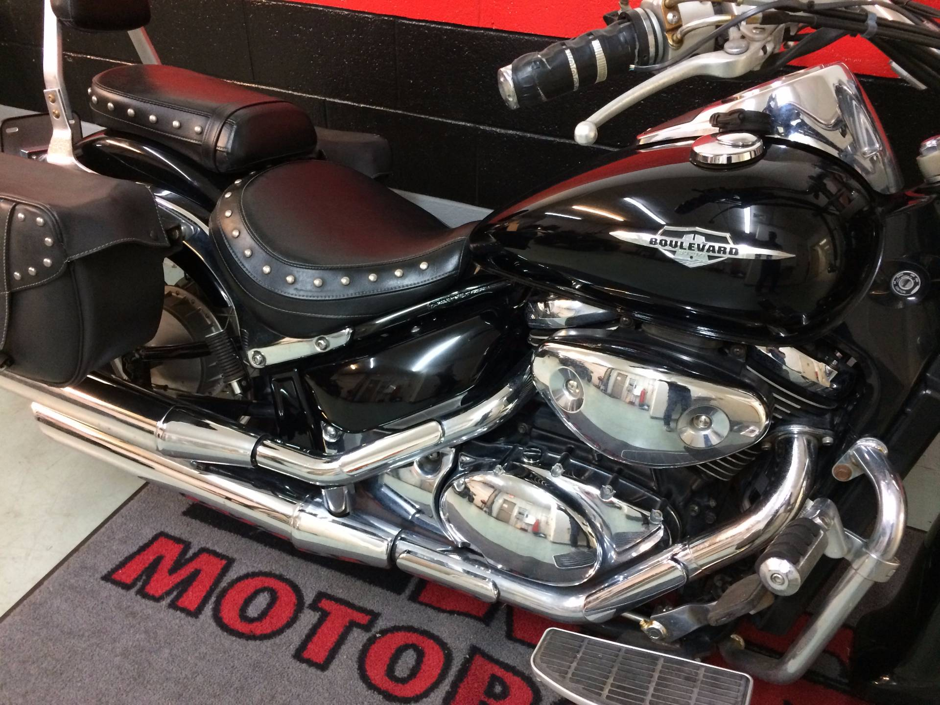2005 Suzuki Boulevard C50 Black in Asheville, North Carolina