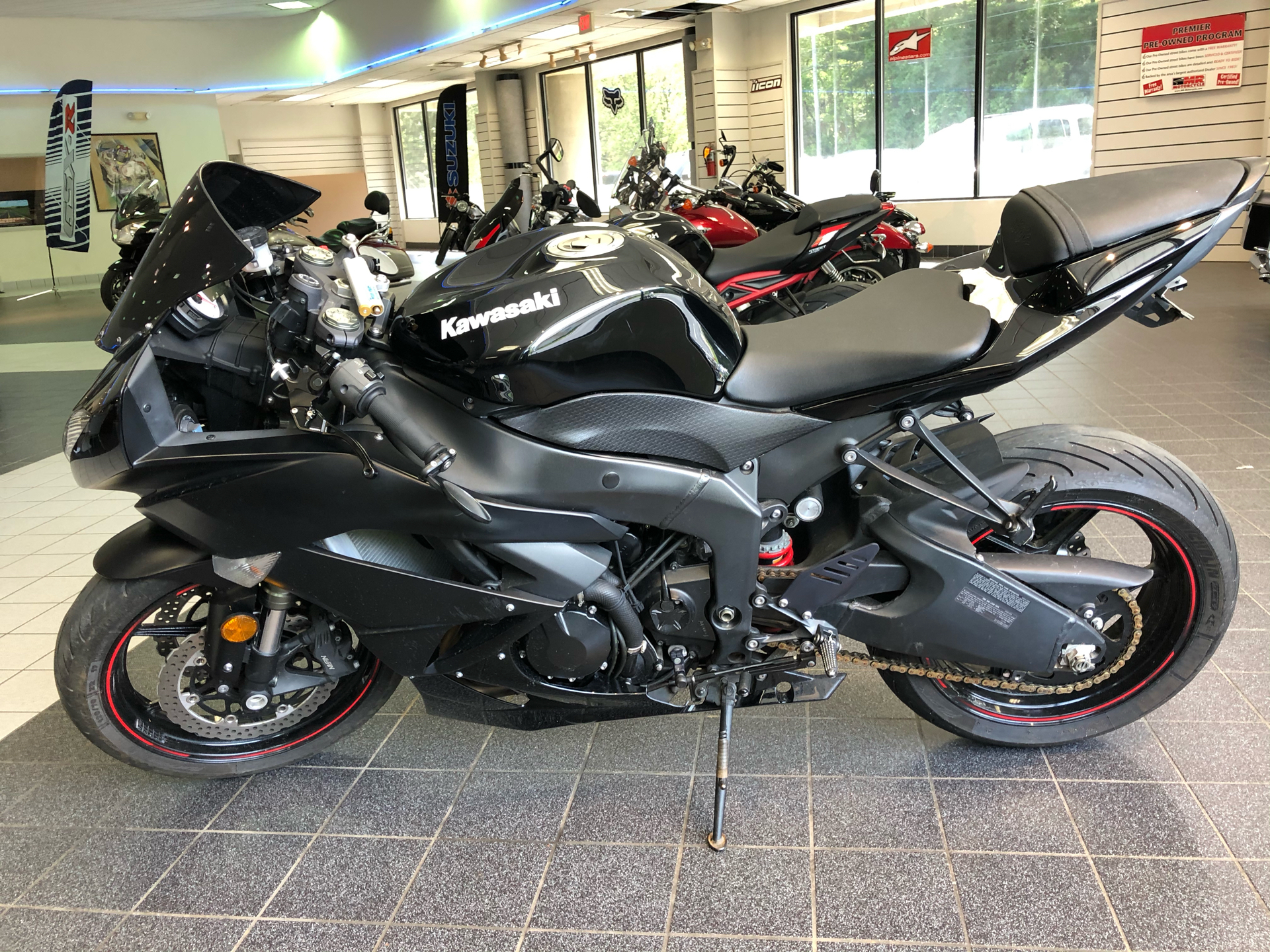 2011 Kawasaki Ninja® ZX™-6R in Asheville, North Carolina - Photo 5
