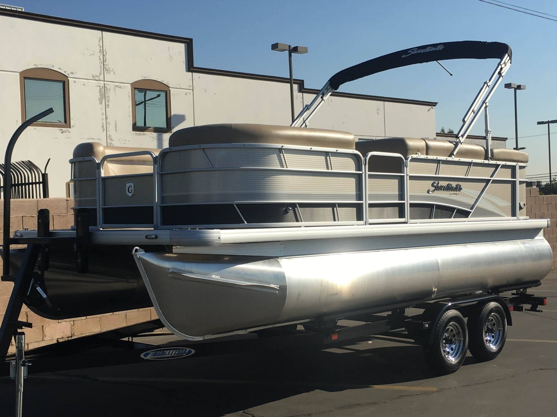2018 SWEETWATER 2086 C in Ontario, California