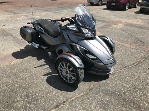 2014 Can-Am Spyder® ST Limited in Toronto, South Dakota
