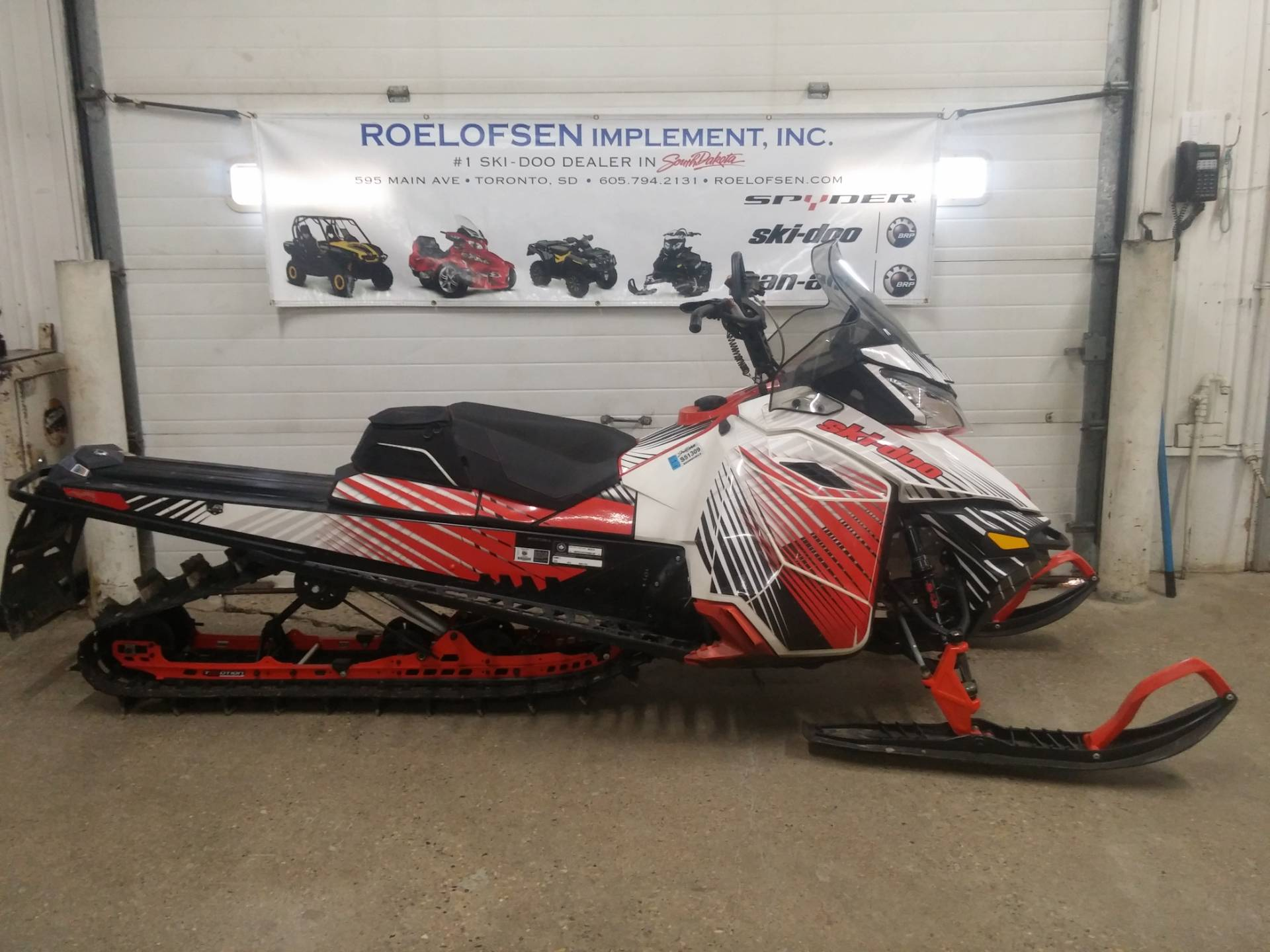 2014 Ski-Doo Summit® X® E-TEC® 800R 154 ES in Toronto, South Dakota
