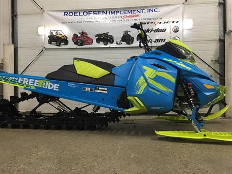 "2017 Ski-Doo Freeride 154 E.S. Powdermax 2.5"" in Toronto, South Dakota"
