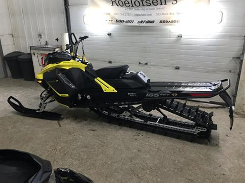 2017 Ski-Doo Summit SP 165 850 E-TEC, PowderMax 3.0 in. in Toronto, South Dakota