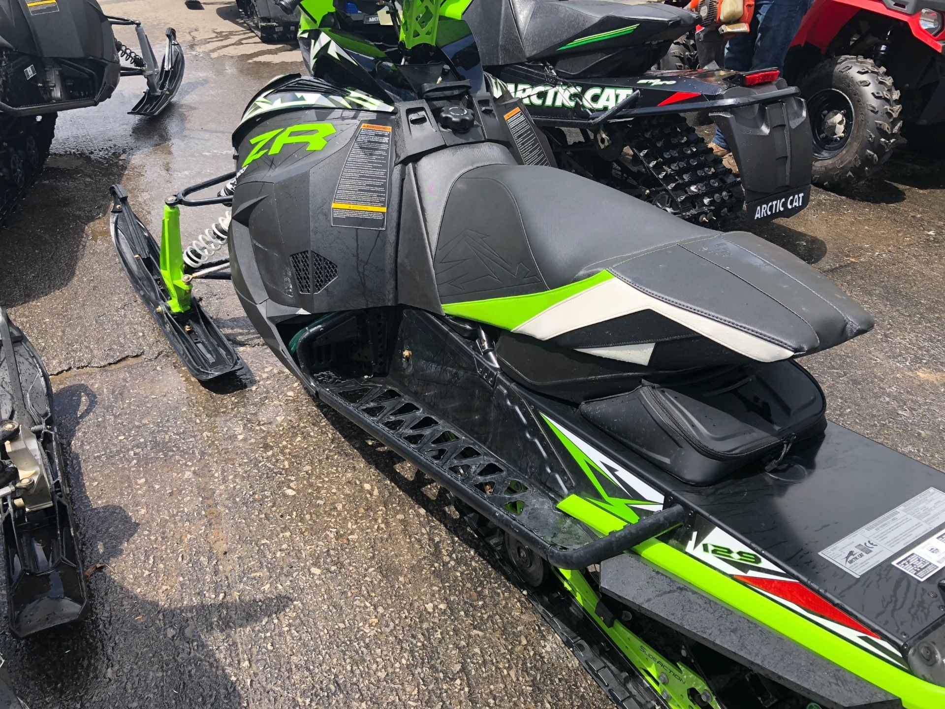 2018 Arctic Cat ZR 8000 Limited ES 129 in Elma, New York - Photo 3
