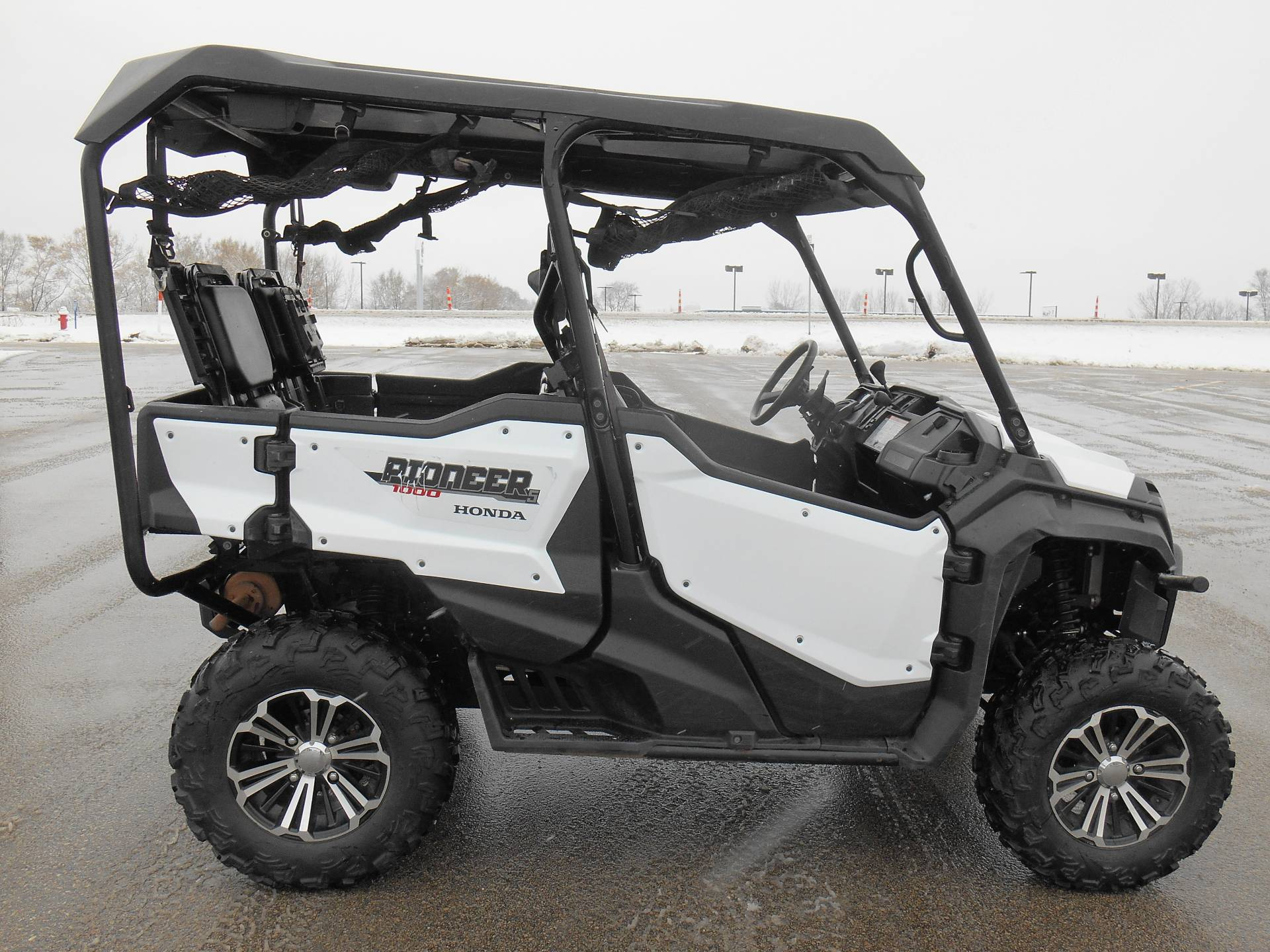 2016 Honda Pioneer 1000 5 Deluxe In Dubuque Iowa