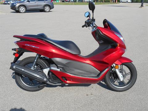 2013 Honda PCX150 in Dubuque, Iowa