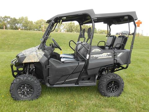 2017 Honda Pioneer 700-4 Deluxe in Dubuque, Iowa