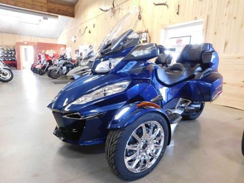 2016 Can-Am Spyder RT Limited in Sauk Rapids, Minnesota