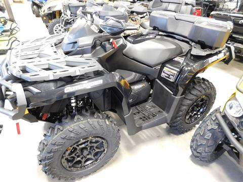 2017 Can-Am Outlander XT-P 1000R in Sauk Rapids, Minnesota