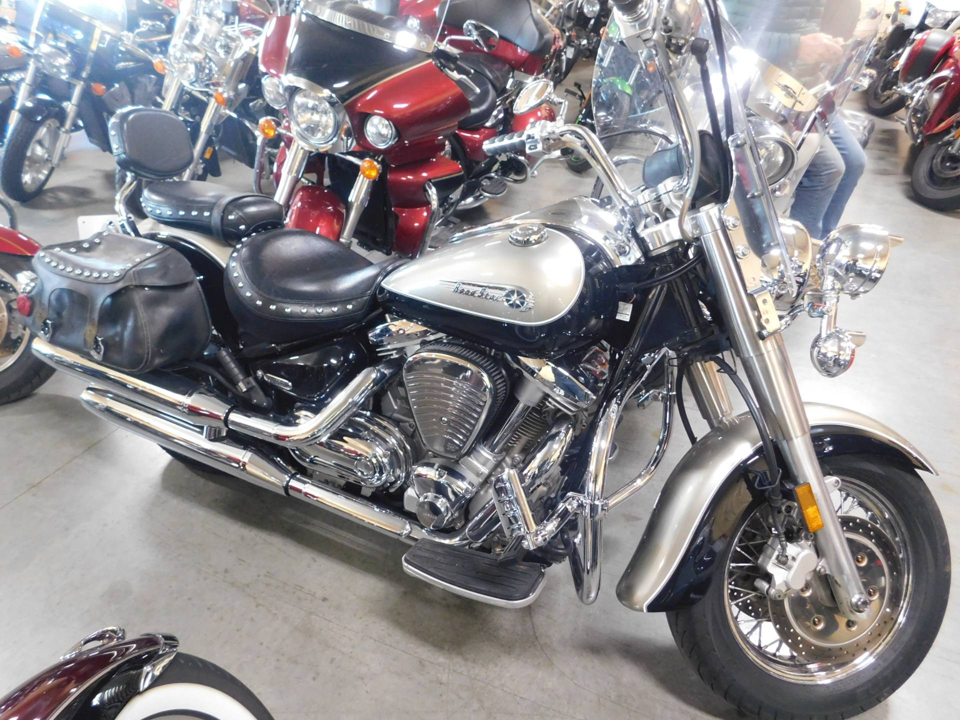 2000 Yamaha Road Star in Sauk Rapids, Minnesota - Photo 1