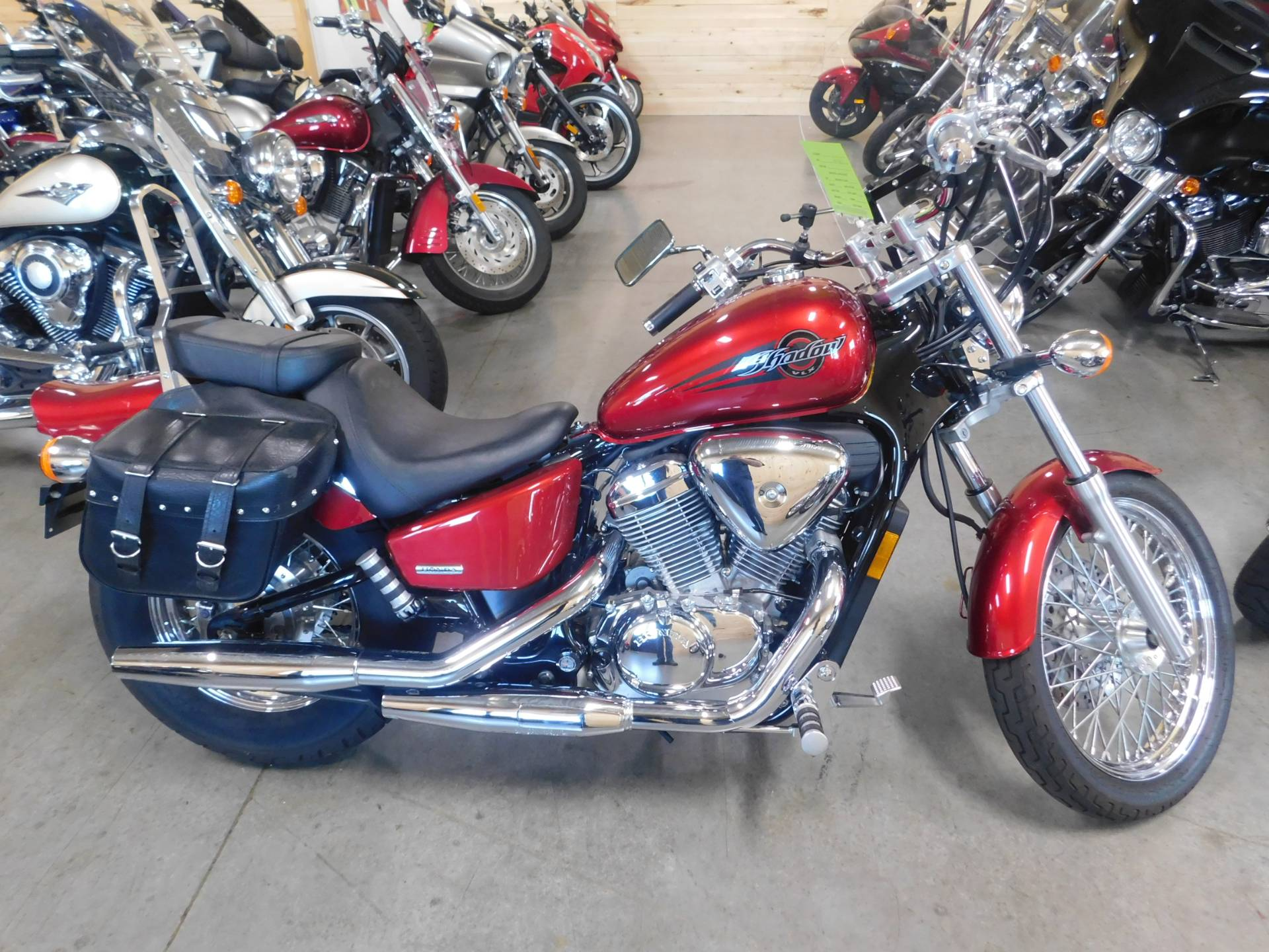 2006 Honda Shadow® VLX Deluxe in Sauk Rapids, Minnesota