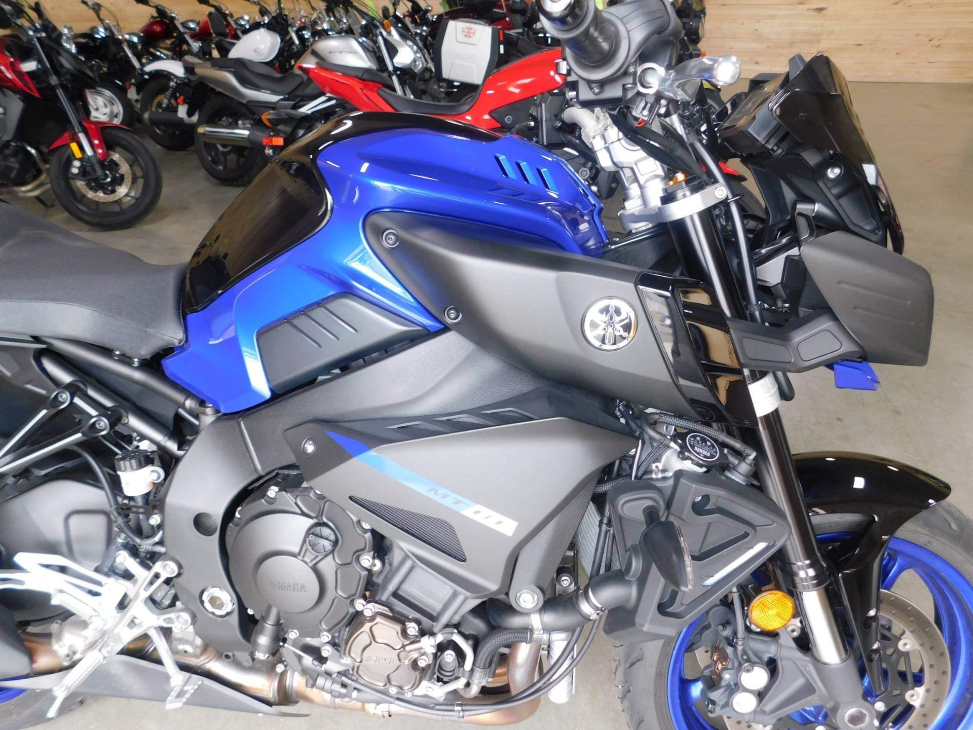 2018 Yamaha MT-10 in Sauk Rapids, Minnesota - Photo 3