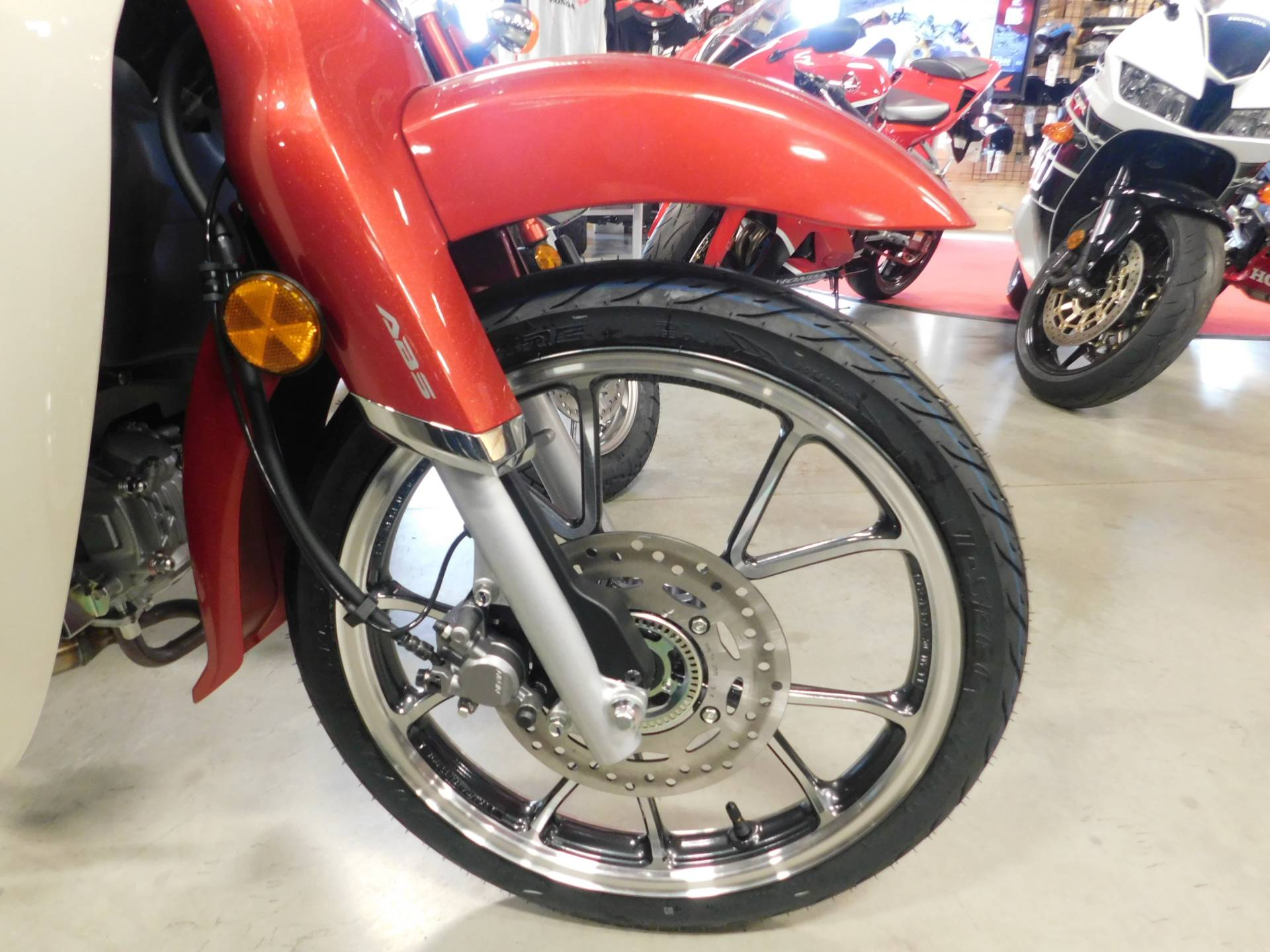 2020 Honda Super Cub C125 ABS in Sauk Rapids, Minnesota - Photo 2