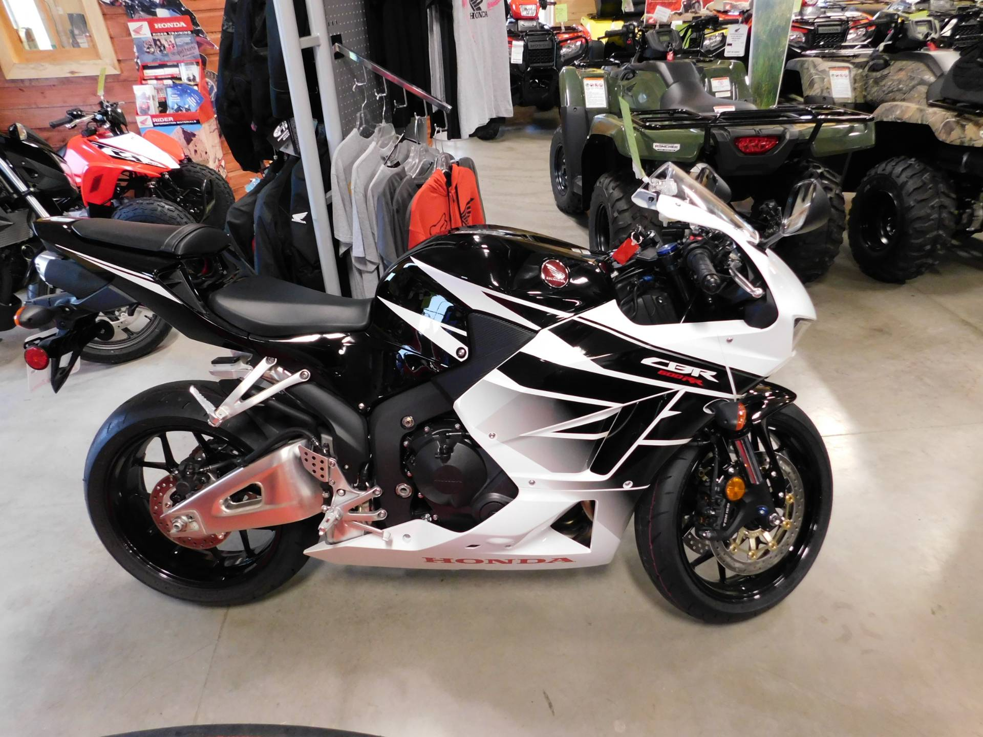 Good 2016 Honda CBR600RR In Sauk Rapids, Minnesota