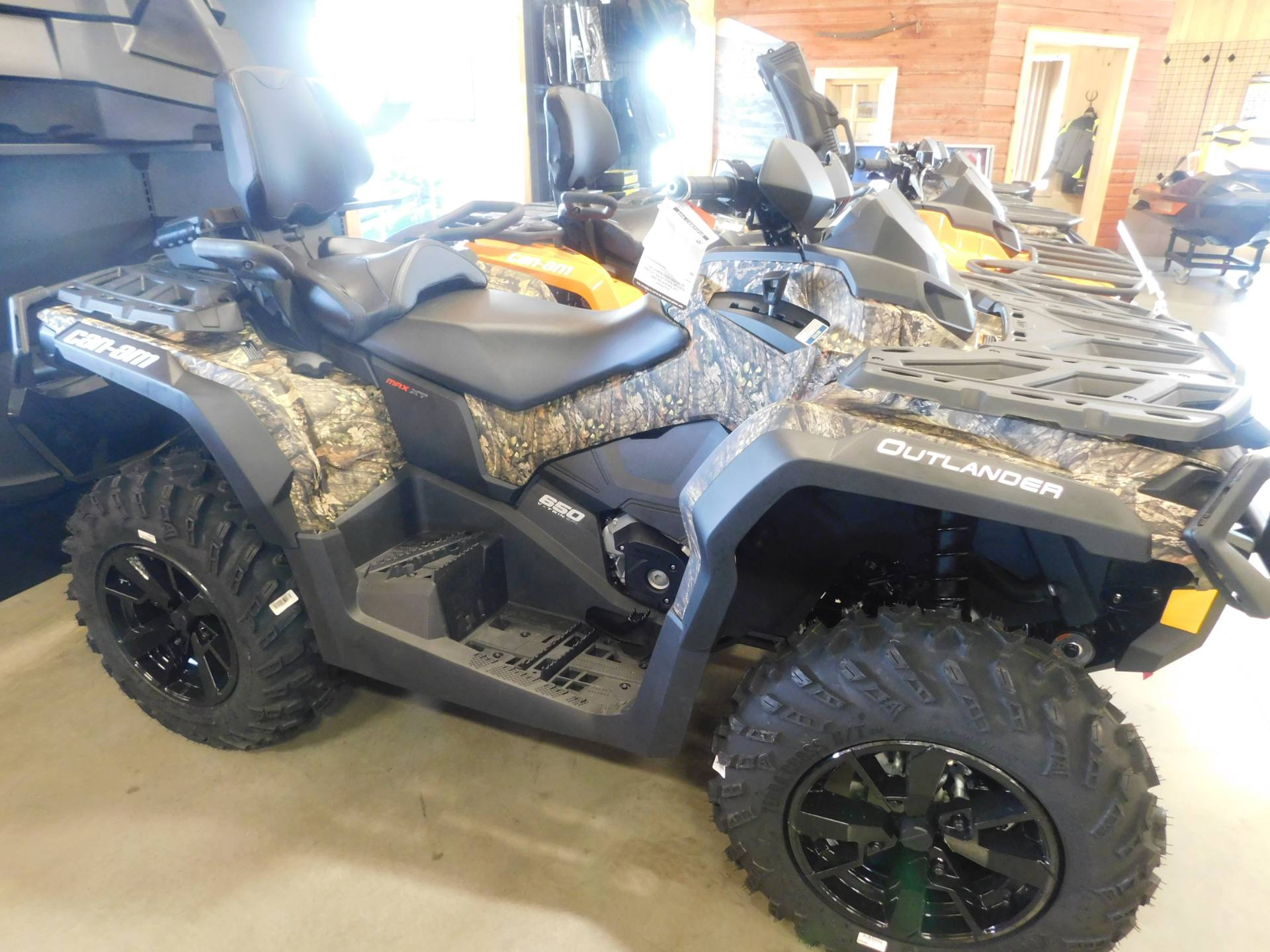 new 2019 can am outlander max xt 650 atvs in sauk rapids. Black Bedroom Furniture Sets. Home Design Ideas