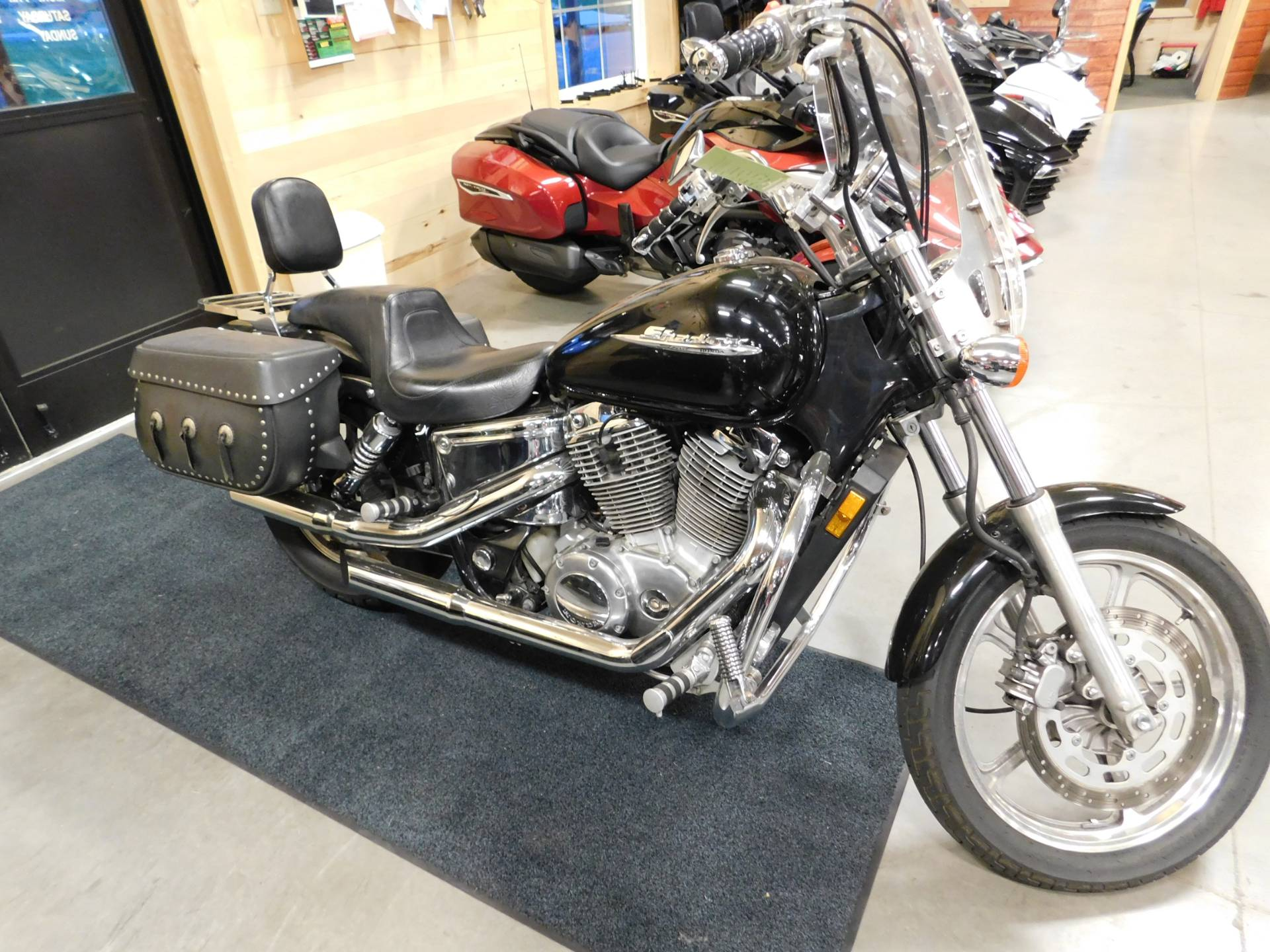 2001 Honda Shadow Spirit in Sauk Rapids, Minnesota