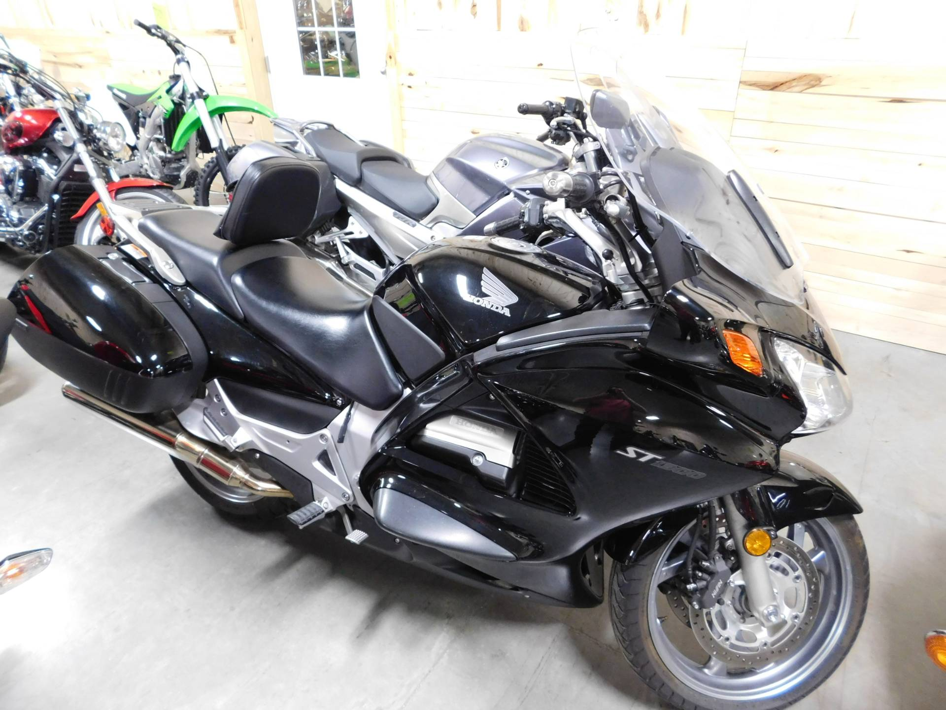 2010 Honda ST1300® in Sauk Rapids, Minnesota
