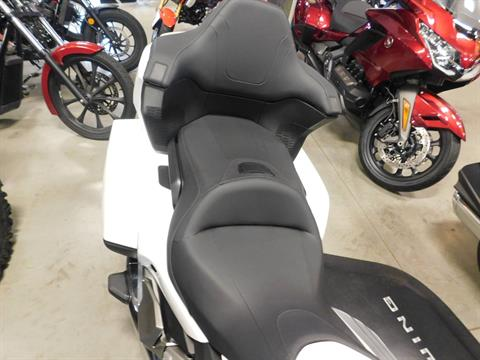 2018 Honda Gold Wing Tour Automatic DCT in Sauk Rapids, Minnesota - Photo 4
