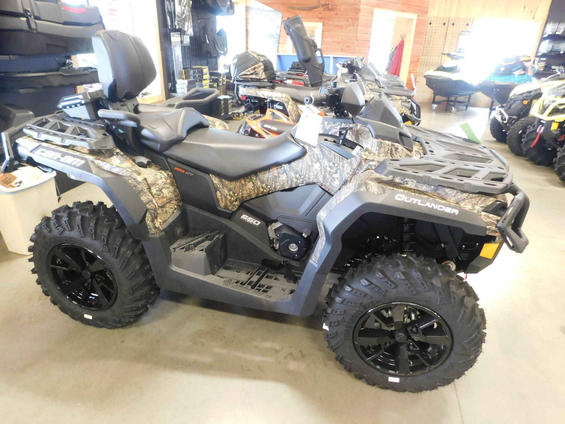 2019 Can-Am Outlander MAX XT 650 in Sauk Rapids, Minnesota - Photo 1