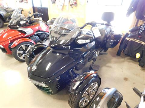 2016 Can-Am Spyder F3 Limited in Sauk Rapids, Minnesota