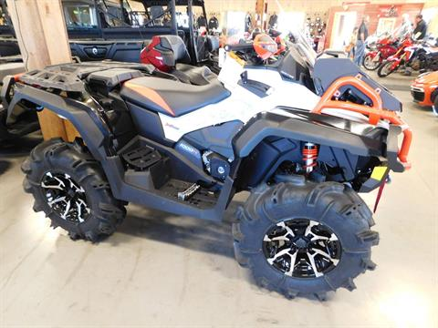 2017 Can-Am Outlander X mr 1000R in Sauk Rapids, Minnesota