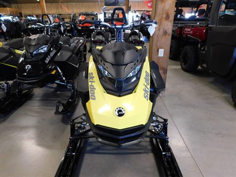 2018 Ski-Doo Summit SP 165 850 E-TEC SS, PowderMax Light 3.0 in Sauk Rapids, Minnesota