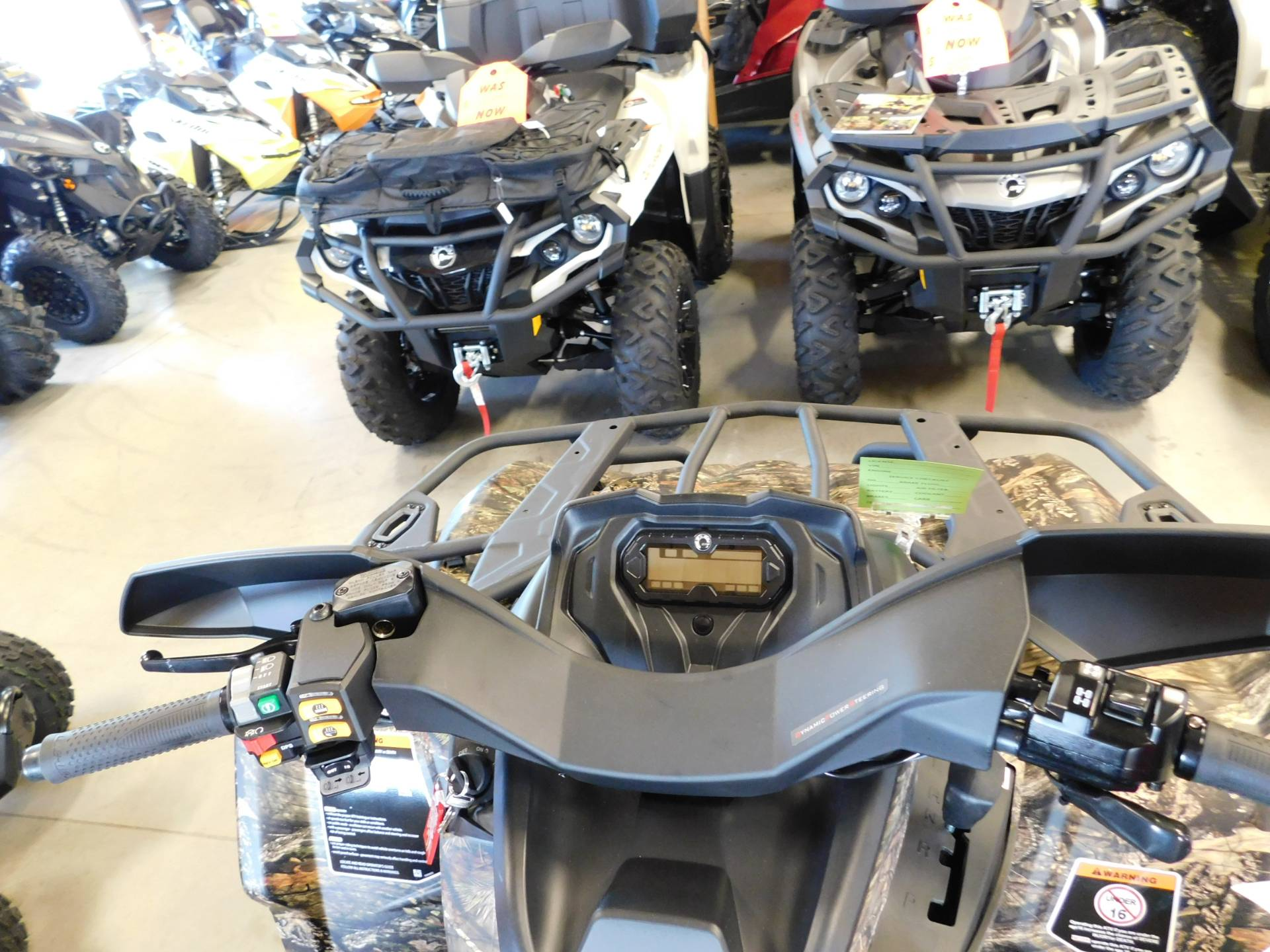 2018 Can-Am Outlander Mossy Oak Hunting Edition 570 in Sauk Rapids, Minnesota