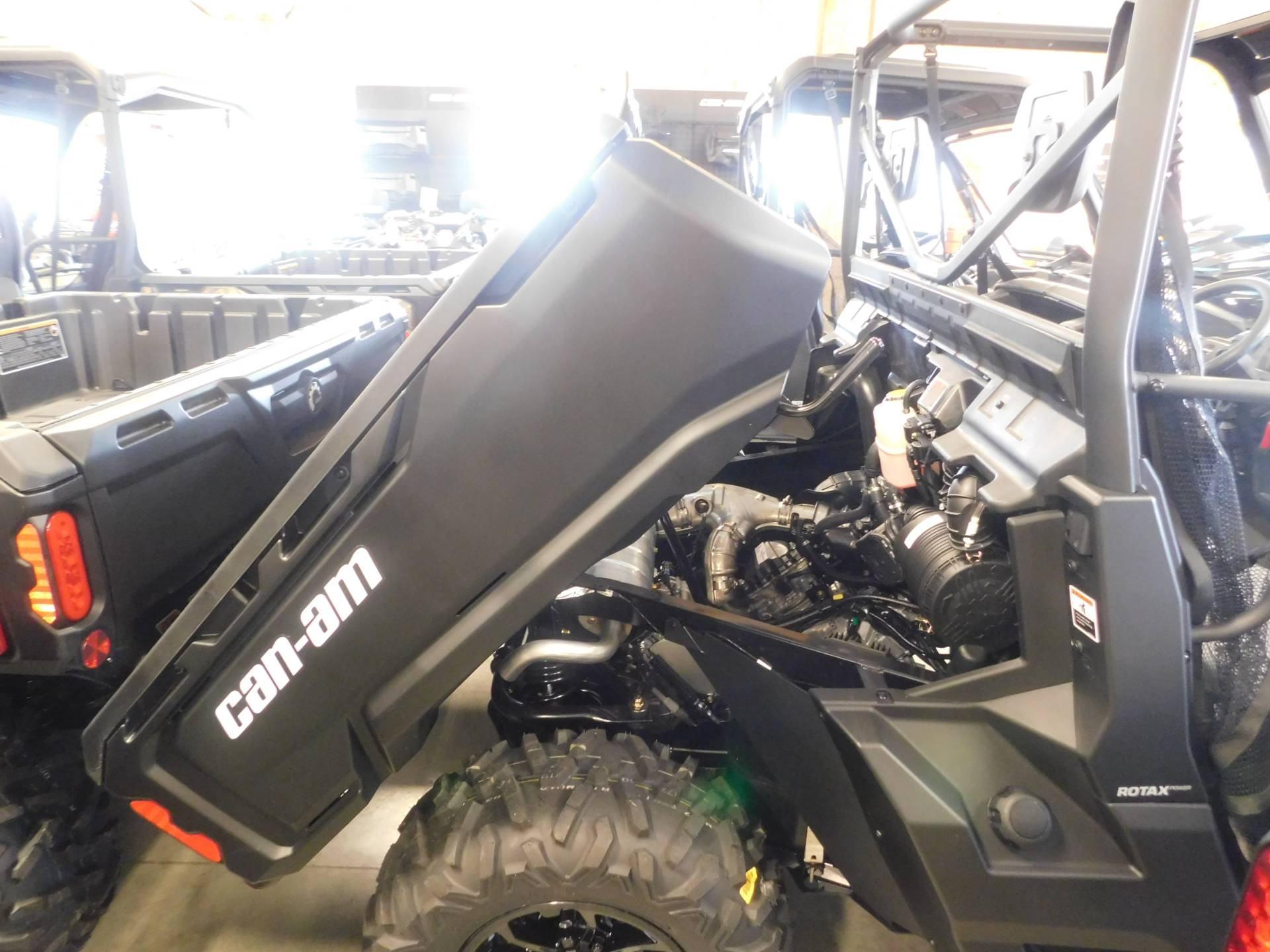 2018 Can-Am Defender DPS HD10 in Sauk Rapids, Minnesota