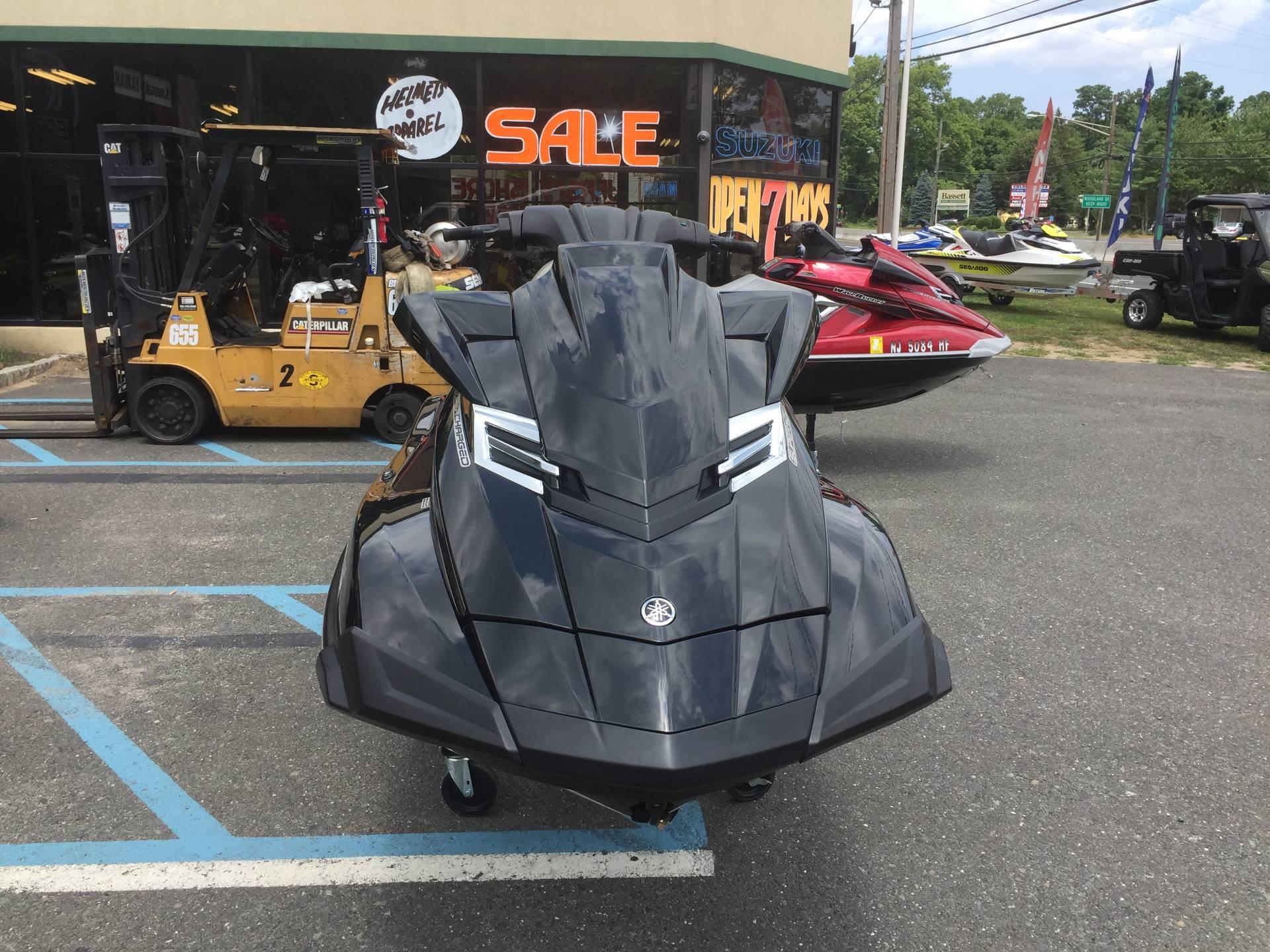 2014 Yamaha FX Cruiser SVHO 3