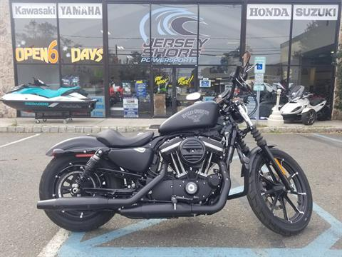 2017 Harley-Davidson Iron 883™ in Middletown, New Jersey