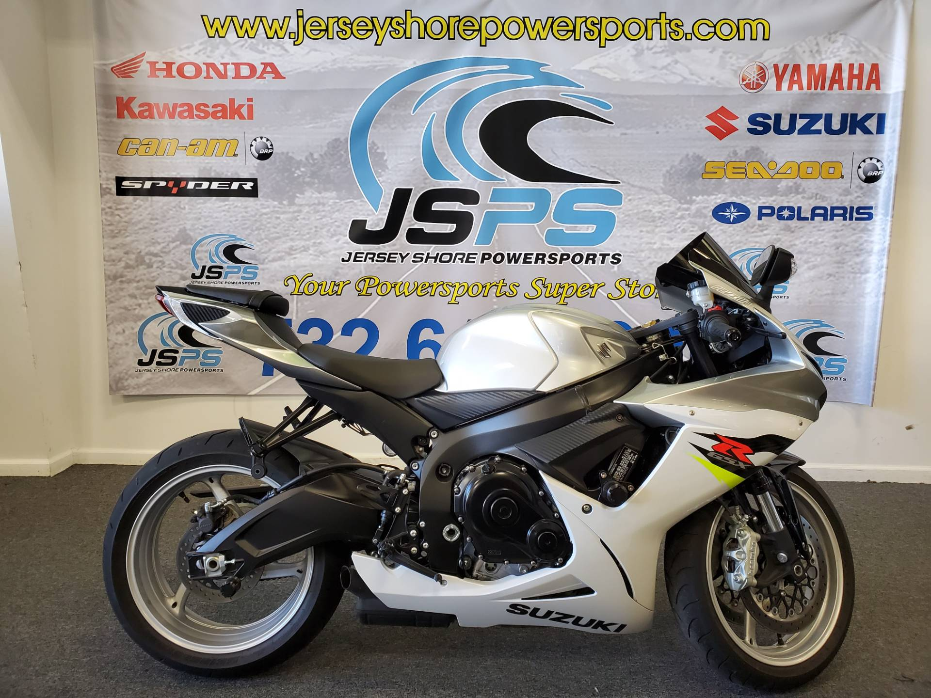 2018 Suzuki GSX-R600 in Middletown, New Jersey - Photo 1
