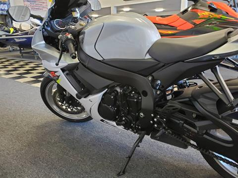 2018 Suzuki GSX-R600 in Middletown, New Jersey - Photo 3