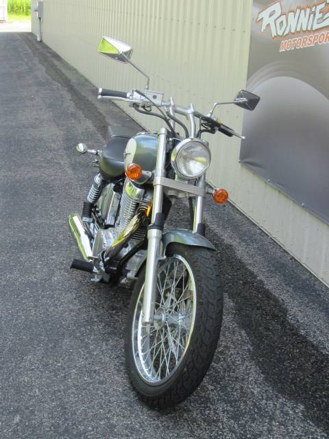 2013 Suzuki Boulevard S40 in Guilderland, New York - Photo 2