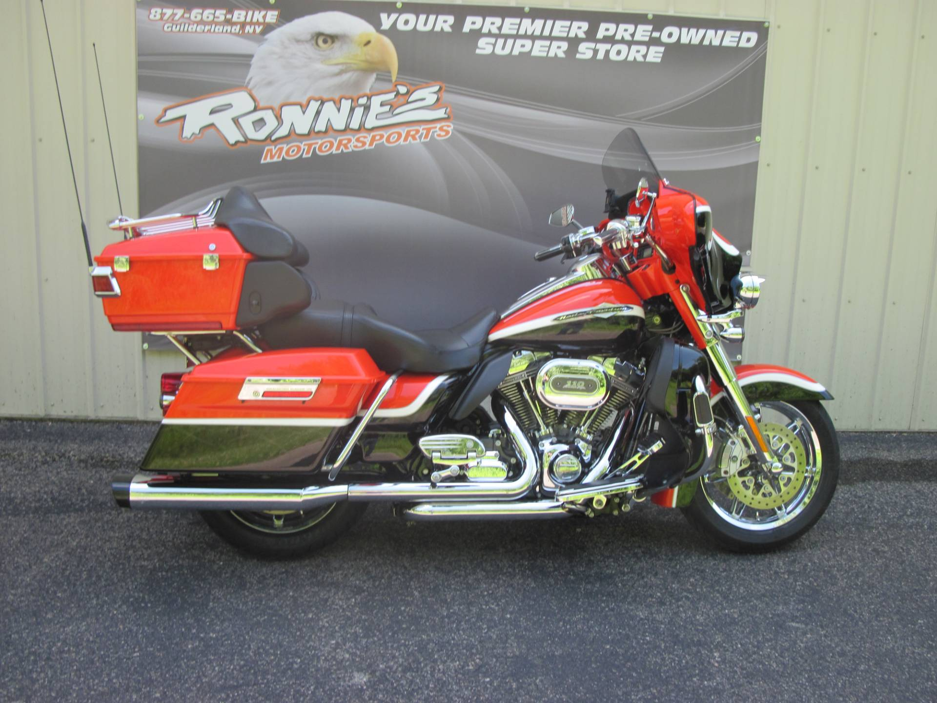 2012 Harley-Davidson CVO™ Ultra Classic® Electra Glide® in Guilderland, New York - Photo 1