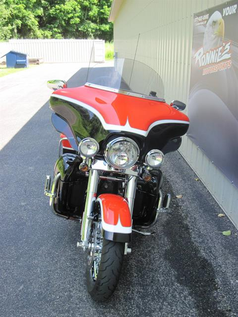 2012 Harley-Davidson CVO™ Ultra Classic® Electra Glide® in Guilderland, New York - Photo 2