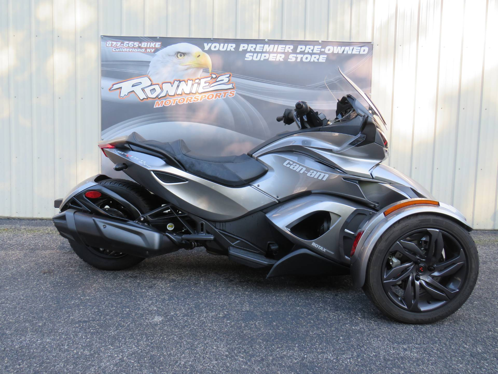 2013 Can-Am Spyder® ST-S SE5 in Guilderland, New York - Photo 1