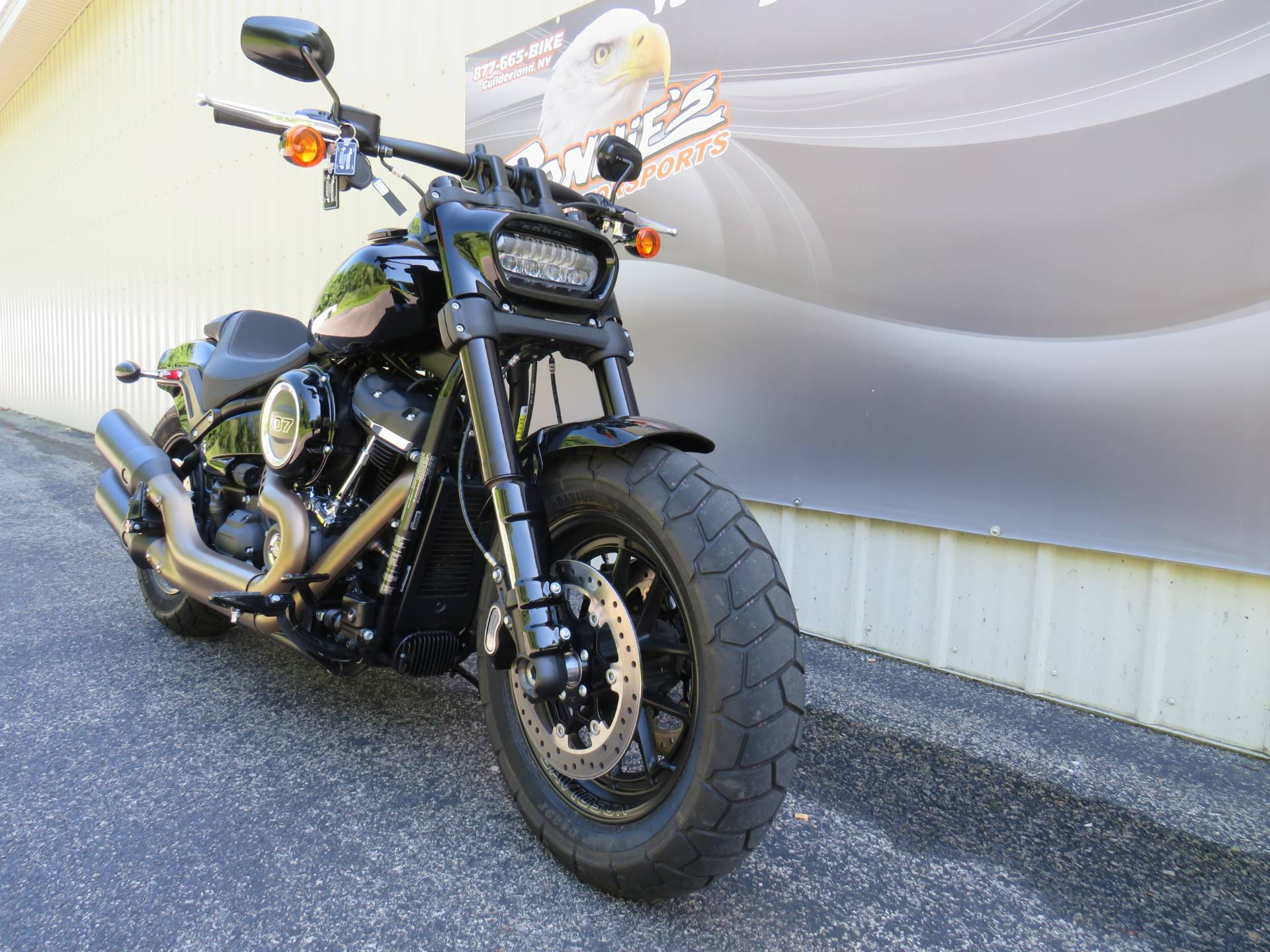 2018 Harley-Davidson Fat Bob® 107 in Guilderland, New York - Photo 2
