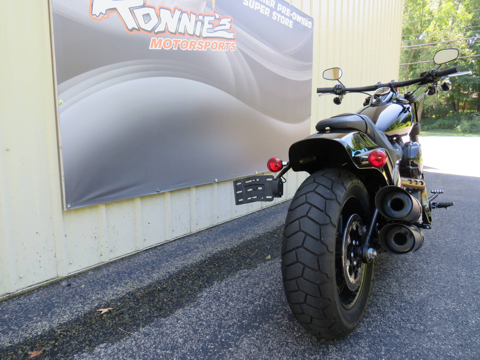 2018 Harley-Davidson Fat Bob® 107 in Guilderland, New York - Photo 3